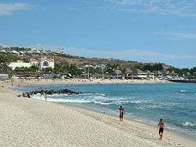 A voir pendant les vacances à Saint Gilles les Bains, la plage des Roches noires