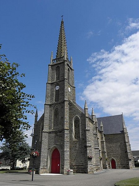 Église paroissiale Notre-Dame à Sainte-Marie (35).