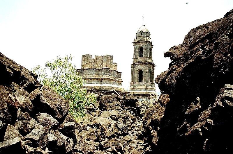 文件:圣胡安Parangaricutiro,Michoacan.jpg