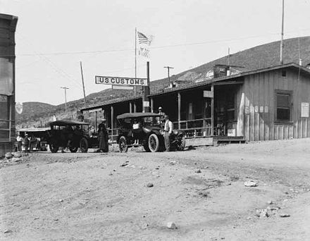 San Ysidro Border Inspection Station in 1922 San Ysidro Border Station 1922.jpg