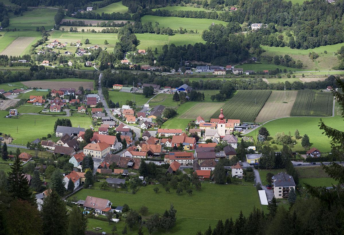 Sankt Georgen ob Judenburg von Süden Panorama.jpg