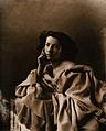 Sarah Bernhardt by Félix Nadar.jpg