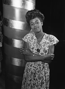 Sarah Vaughan - William P. Gottlieb - No. 2.jpg