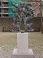 Schaijk (Landerd) beeld de Blije Boer bij voorm. gemeentehuis.JPG