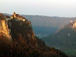 [Bild: 260px-Schloss_Werenwag_2.jpg]