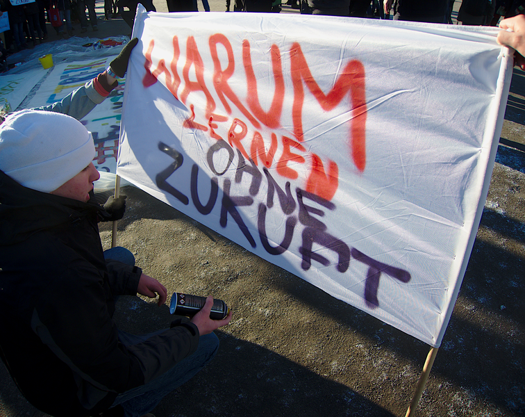 File:School strike banner Berlin 18 January 2019.png