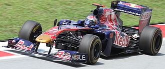 2011 Malaysian Grand Prix - Sébastien Buemi's Toro Rosso shed part of its sidepod during qualifying.