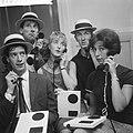 Show van Rudi Carrell Rudi Carrell, Ben Rowold, Jasperina de Jong, Eric Herfst,, Bestanddeelnr 912-6594.jpg