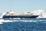 Silversea Silver Cloud Wilhelmina Bay Antarctica 4 (33460780108).jpg