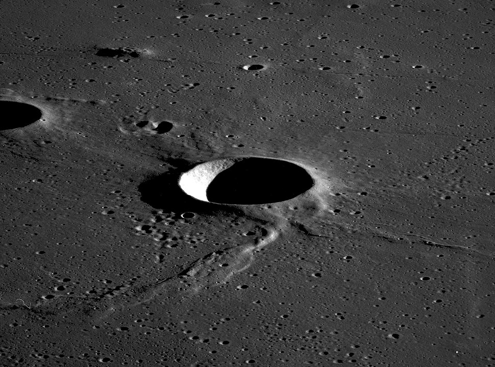 Sinas crater AS11-42-6317