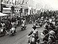 Sint Nicolaas, tijdens zijn intocht in de Generaal Cronjéstraat. Aangekocht in 1977 van fotograaf C. de Boer. Identificatienummer 54-004386, NL-HlmNHA 54004386.JPG
