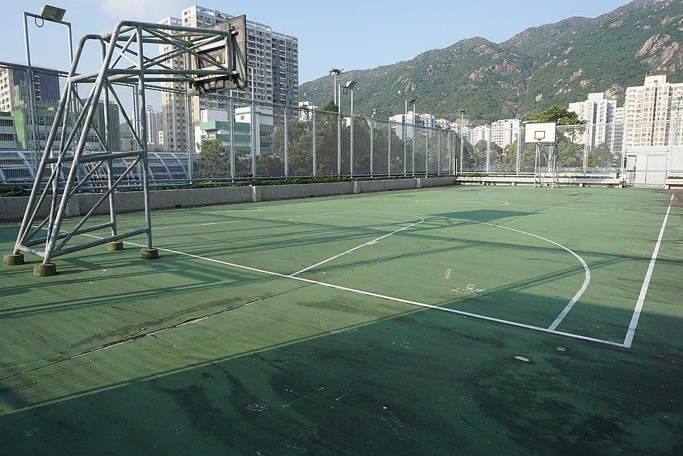 Siu Lun Court Basketball Court (sunlight)