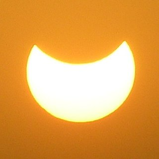 Solar Eclipse (3445953058) (cropped).jpg