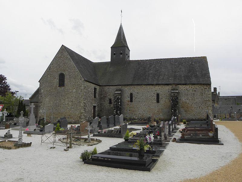 Église Notre-Dame-de-l'Assomption de Soucé (53). Flanc nord.