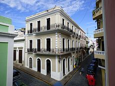 Spanish Colonial Architecture Wikipedia