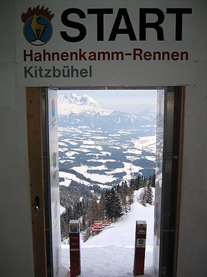 Hahnenkamm, Kitzbühel - Starting gate in 2004, view of Mausefalle and Kitzbüheler Horn