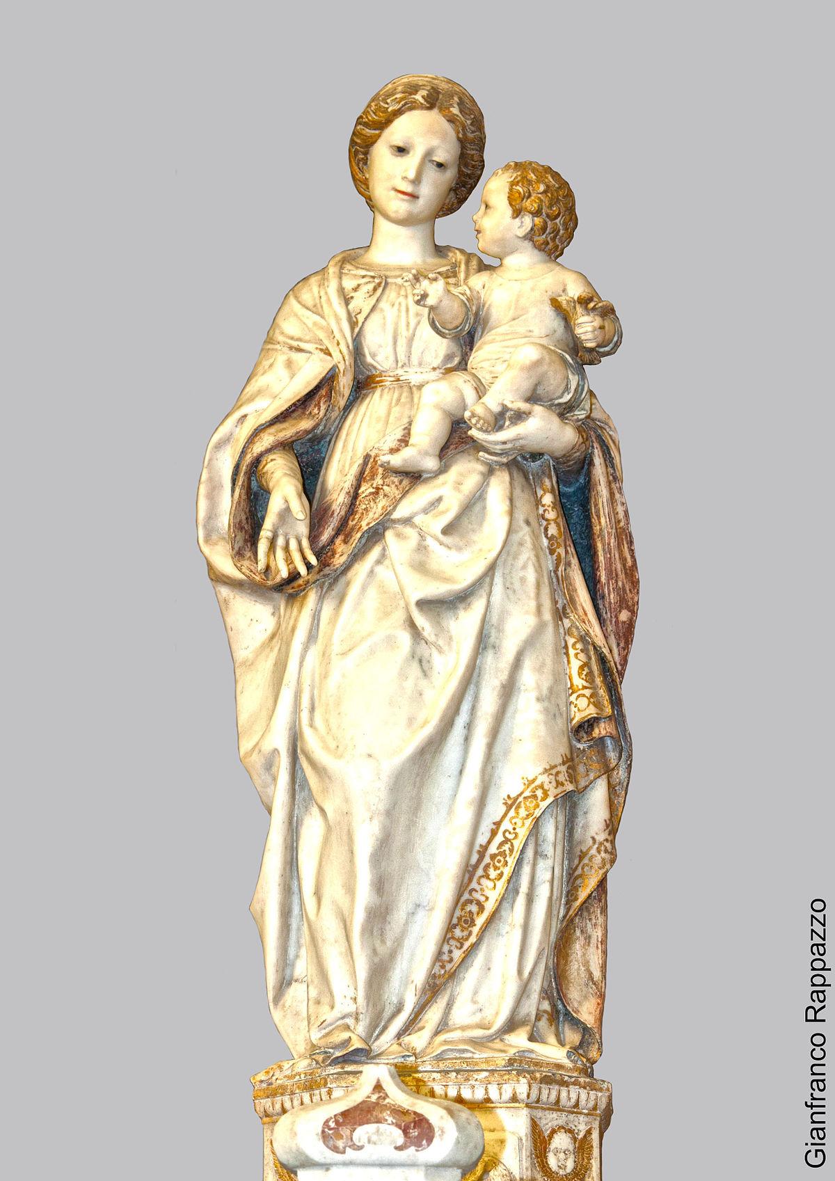 Madonna della neve wikipedia for Interno 5 b b roma