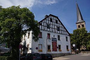 Der Steinhof, heute ein Restaurant, ist eine der ältesten Niederlassungen in Overath