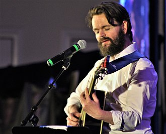 Stephen Walters - Stephen Walters performing an original song at the Creation Entertainment Outlander Convention in Las Vegas, Nevada on 15 July 2018.