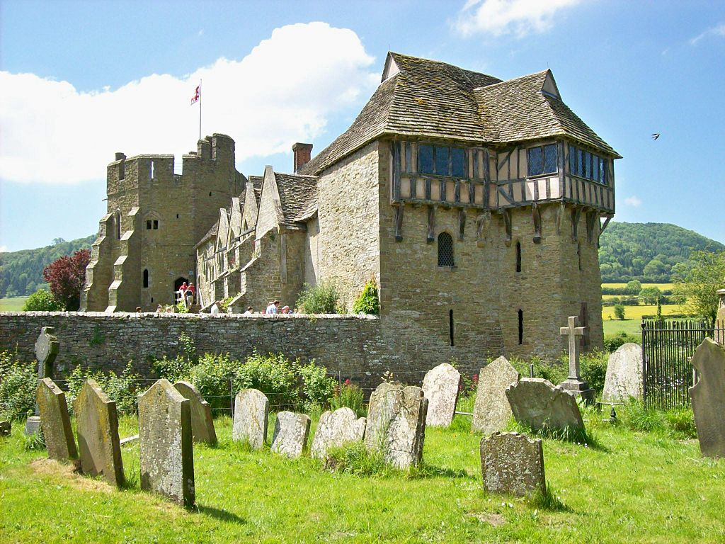 File Stokesay Castle From Churchyard 1 Jpg Wikimedia Commons