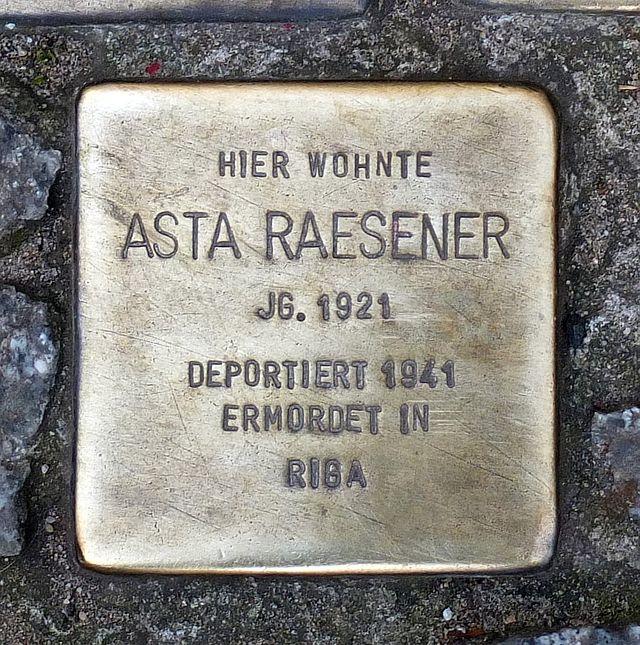 Photo of Asta Raesener brass plaque