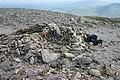 Stone Summit Shelter on Carnedd Dafydd - geograph.org.uk - 222991.jpg