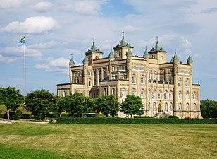Stora Sundby slott, juli 2018c.jpg