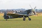 Supermarine Spitfire T.9 'SM520 - KJ-I' (G-ILDA) (39464450334).jpg