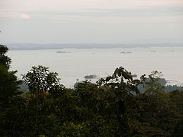 Suriname, view over Brokopondo reservoir from Brownsberg.JPG