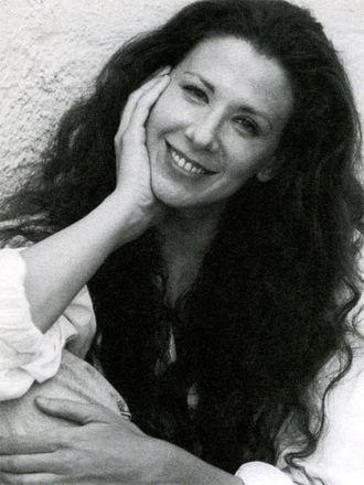 Suzie Plakson - Image: Suzie plakson 375x 500