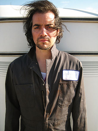 Dream Logic - Guest actor Kevin Corrigan made his third Fringe appearance in the episode.