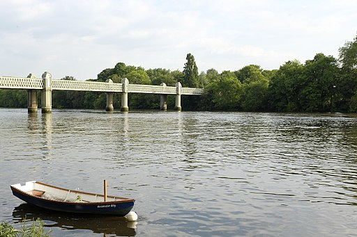 Thames, Chiswick, London - panoramio