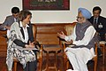 The Minister for International Co-operation, Egypt, Ms. Fayza Abou El Naga meeting with the Prime Minister, Dr. Manmohan Singh, in New Delhi on April 09, 2008.jpg