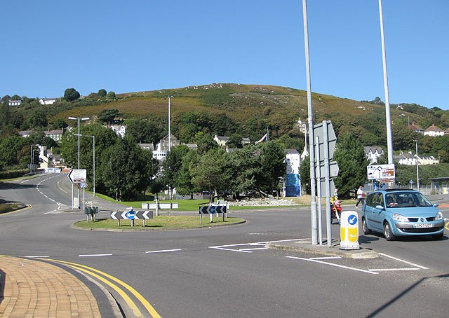 The last few metres of the A40, Fishguard - geograph.org.uk - 1512235