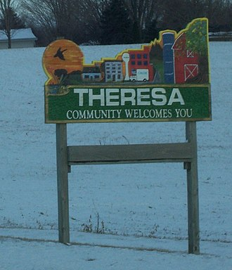 Theresa, Wisconsin - Image: Theresa Wisconsin Sign WIS28WIS67