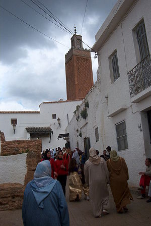 Abu Madyan - Visiting the tomb of Sidi Boumediène in El Eubbad district, in Tlemcen, Algeria, on day of Mawlid.