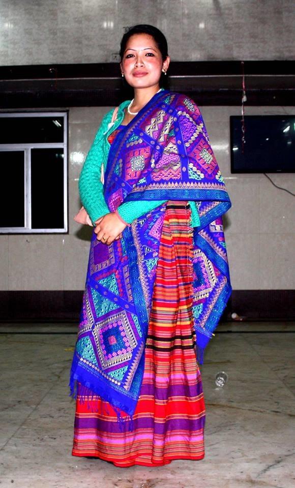 Traditional Hajong Clothing, Pathin and Argon