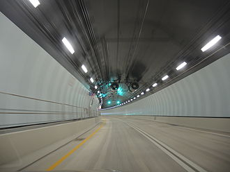 Port Miami Tunnel - Traveling uphill towards the PortMiami portal from MacArthur Causeway