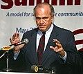 U.S. Sen. Fred Thompson Chattanooga Summit 1996 (22524033020) (cropped).jpg