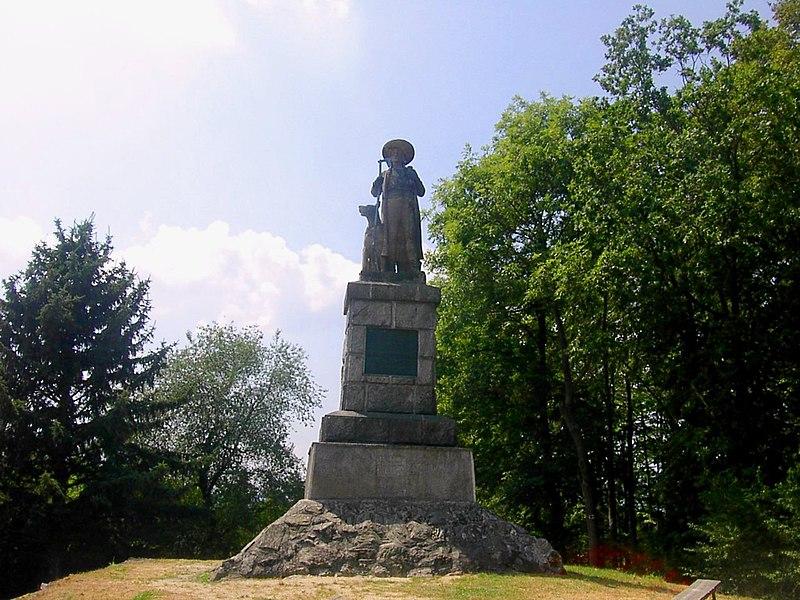 Kozinův pomník na Hrádku