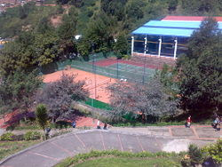 Universidad de Pamplona - Canchas de tennis.jpg