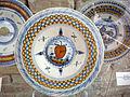 Urbino o pesaro, tagliere con decoro alle geometrizzazioni, 1480-1500.JPG
