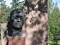 Uuno Klami's statue - panoramio.jpg