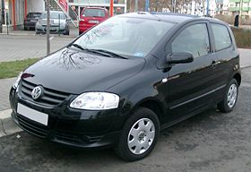https://upload.wikimedia.org/wikipedia/commons/thumb/e/e1/VW_Fox_front_20080115.jpg/280px-VW_Fox_front_20080115.jpg