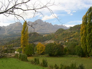 Centule V, Viscount of Béarn - The valley of Tena in which Centule was assassinated.