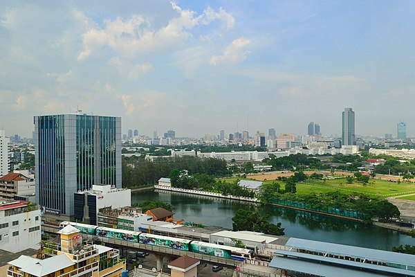 View on Bangkok from Abloom.JPG