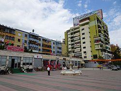 Vora (Albanien) Ortszentrum.jpg