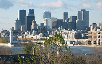 English: View of downtown Montreal. Français :...