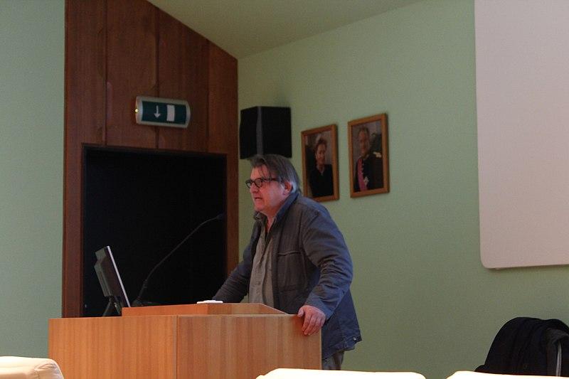 File:WLM-BeLux - KIK-IRPA - Awards Ceremony - Michiel Hendryckx (1).jpg