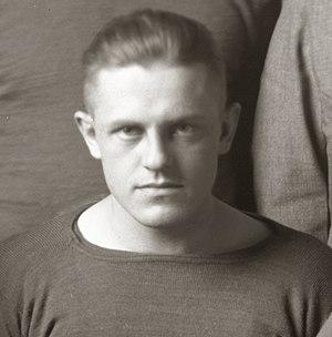 Walter Niemann (American football) - Image: Walter Nieman (1916)